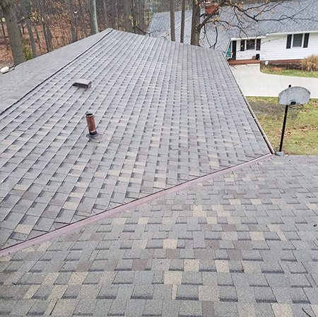 H.J. Woodworth Construction LLC - Parma, Ohio - New Roofs, Re-Roofs, Repairs, Gutters, Siding, Skylights, Tuckpointing, Leafguard, Remodeling, Painting