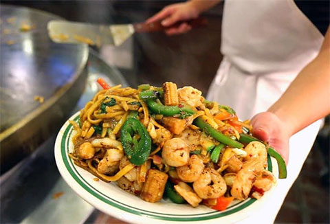 Fuji Buffet & Grill - Mentor, Ohio - We boast a delicious Chinese and sushi buffet. Offering over 150 items. Great Food, Great Service at Great Price.