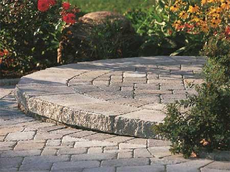 CastleCare Landscapes - North Ridgeville, Ohio - Lawn & Bed Maintenance, Seasonal Cleanups, Landscape Design, Paver Patio Design, Lighting & More